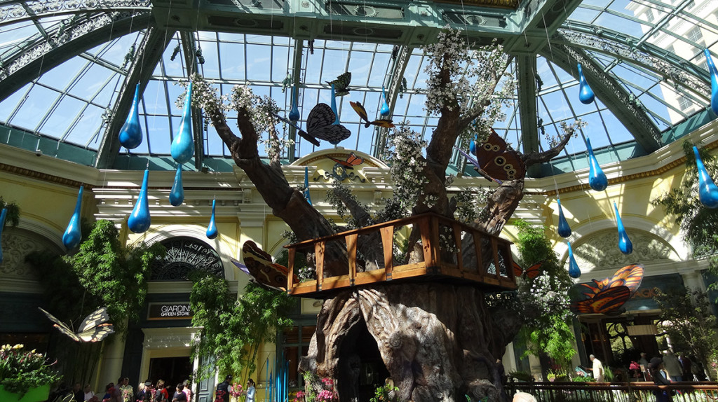 Bellagio-Conservatory-Wide-View-1024x574-1